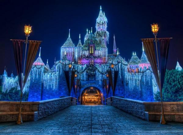 Замок Спящей красавицы в Disneyland