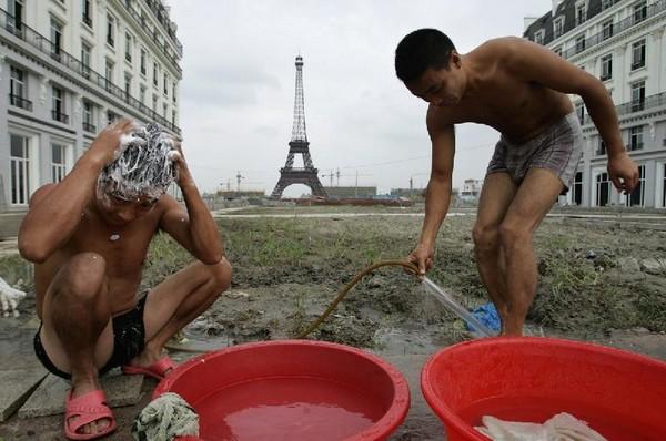 Город-призрак Тяньдучэн - Китайский Париж. Источник фото: hugchina.com