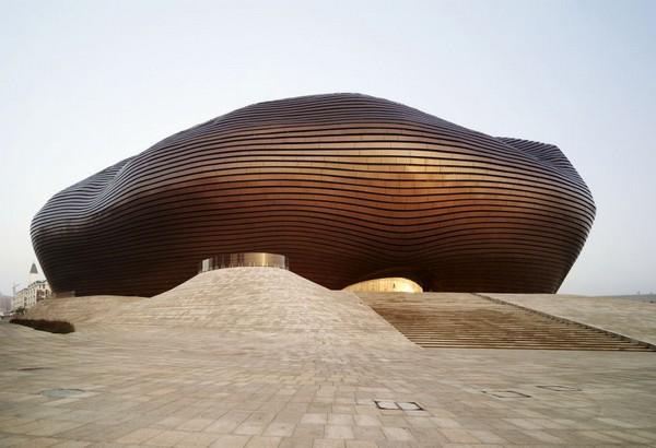 Музей от MAD Architects в городе-призраке Кангбаши. Источник фото: colganology.blogspot.com