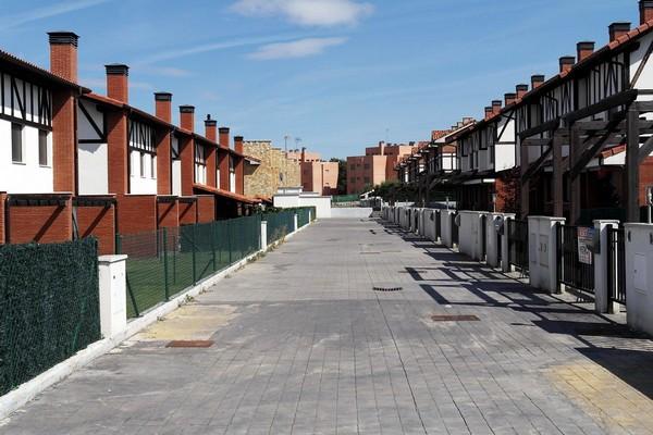 На улицах Сируэнии. Источник фото: sicheslavets.livejournal.com