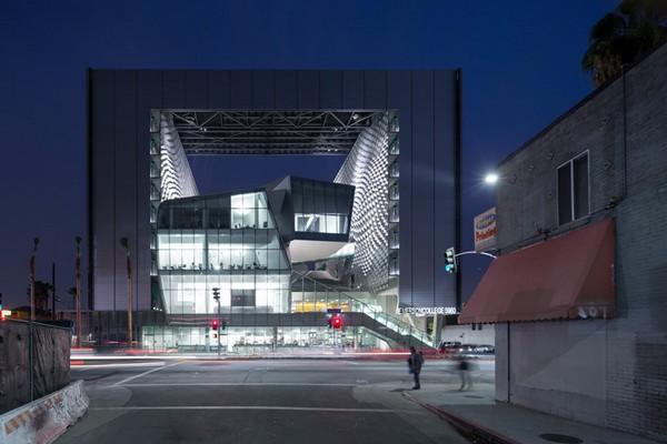 Колледж Эмерсона – большая арка Лос-Анджелеса. Источник фото: Iwan Baan