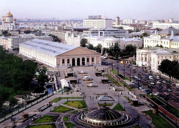 Манежная площадь после реконструкции. Источник фото: 2do2go.ru