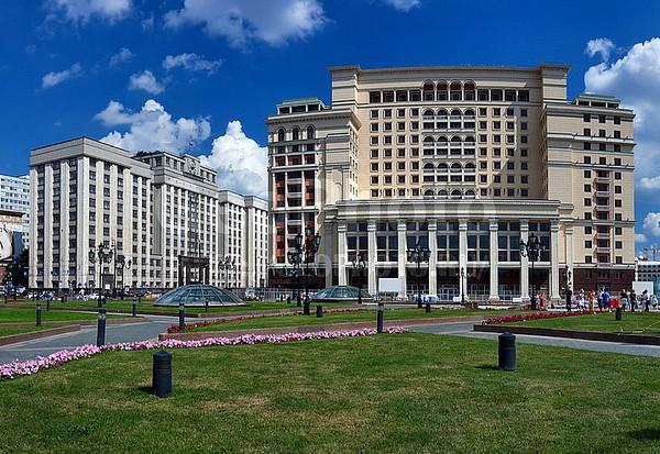 Вид на улицу Охотный ряд. Источник фото: geophoto.ru