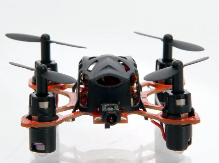 Wltoys V272 - самый маленький в мире квадрокоптер с камерой