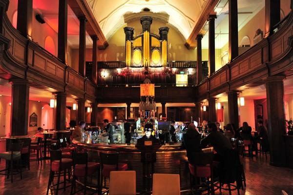 The Church Bar – бар в старой дублинской церкви. Источник фото: destinationdesignblog.com
