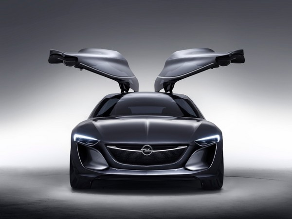 Opel Monza – автомобиль-скульптура. Источник фото: Technologicvehicles