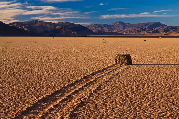 Живые камни в Долине смерти