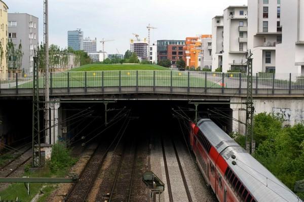 Парк в районе Theresienhohe в Мюнхене. Источник фото: inhabitat.com
