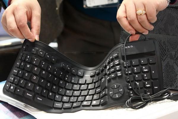 Резиновая клавиатура для компьютера