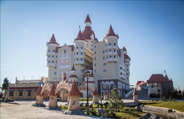 Развлекательный комплекс Сочи Парк. Источник фото: Максим Пушкин