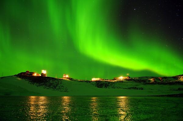 Новолазаревская – полярная станция с баней. Источник фото: air-tours.ru