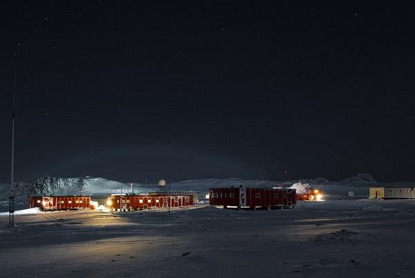 Беллинсгаузен – полярная станция с церковью. Источник фото: bellinshausen.livejournal.com