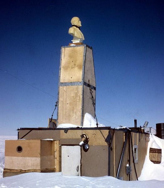 russuain-antarctic-stations-9.jpg