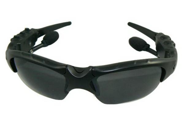 Bluetooth-гарнитура в солнцезащитных очках