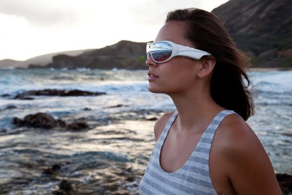 Pivothead SMART – солнцезащитные очки с камерой
