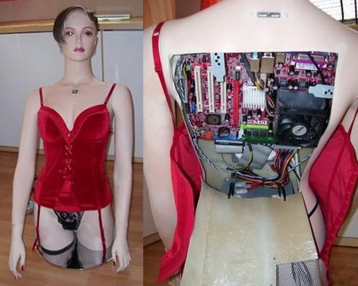 Sexy Girl Cyber – самый сексуальный в мире настольный компьютер