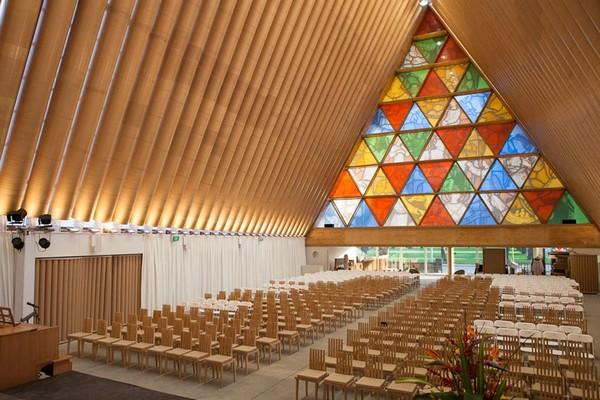 Картонный собор в Крайстчерче. Источник фото: shigerubanarchitects.com