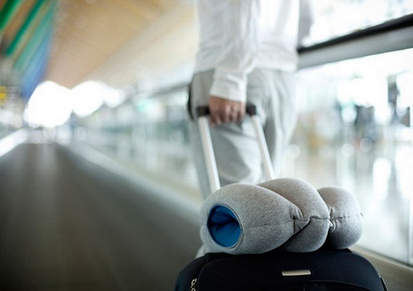 Ostrich PIllow – подушка для сна в любом месте