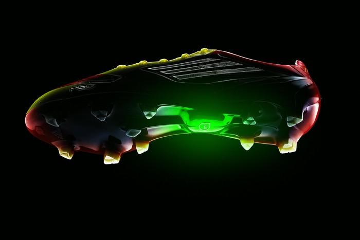 Умные кроссовки Adidas MiCoach