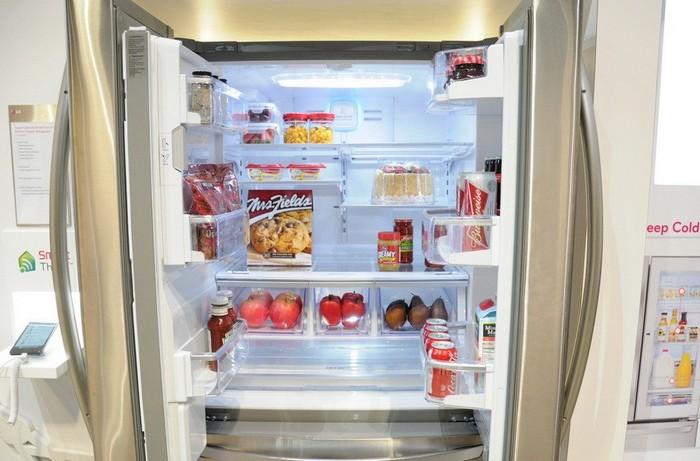 Умный холодильник от LG