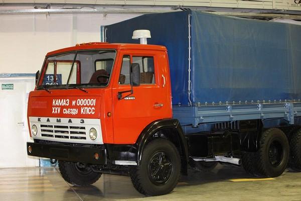 КамАЗ – король советских грузовиков. Источник фото: leagueofchaos.ru