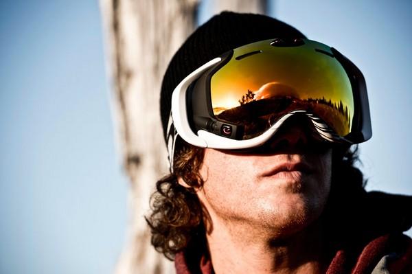 Умные лыжные очки Oakley Airwave