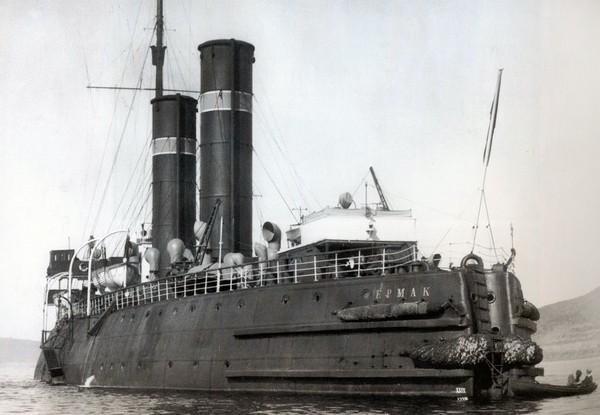 Ермак – первый в мире ледокол. Источник фото: tsushima.su