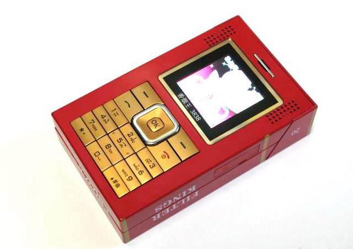 Xian Yan Wang XYW 3838 – телефон, похожий на портсигар