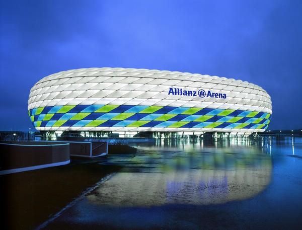 http://www.novate.ru/files/u32501/stylish-stadiums-13.jpg