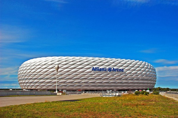 http://www.novate.ru/files/u32501/stylish-stadiums-14.jpg