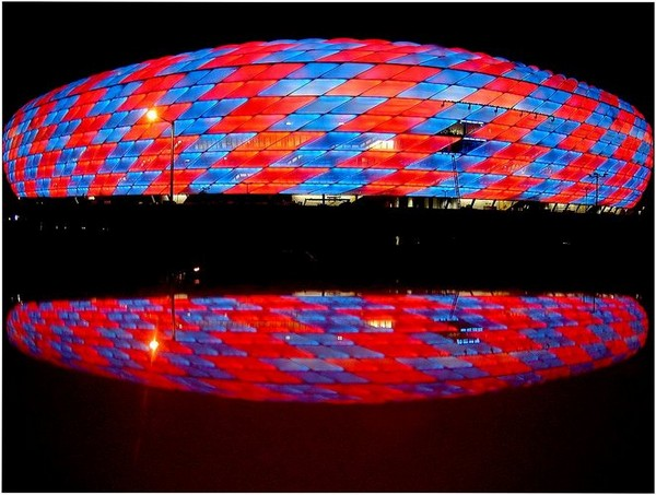 http://www.novate.ru/files/u32501/stylish-stadiums-15.jpg