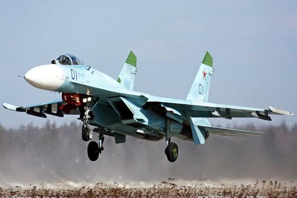 Истребитель Су-27. Источник фото: topwar.ru