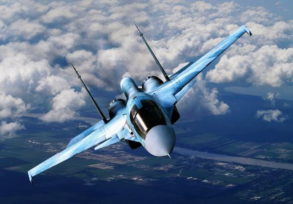 Истребитель-бомбардировщик Су-34. Источник фото: politikus.ru