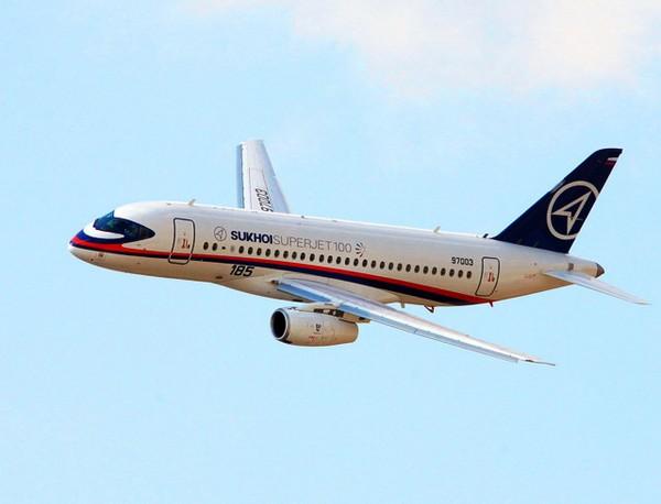 Пассажирский самолет Sukhoi Superjet 100. Источник фото: rt.com
