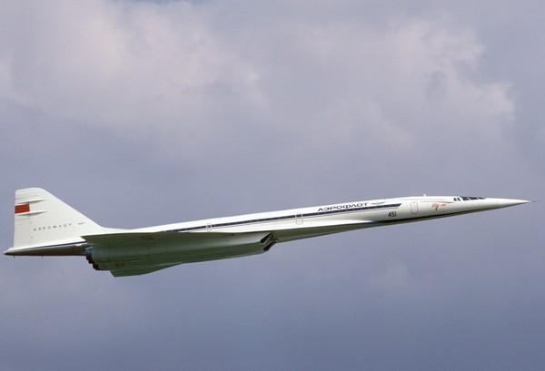 Ту-144: гражданский сверхзвуковой первенец
