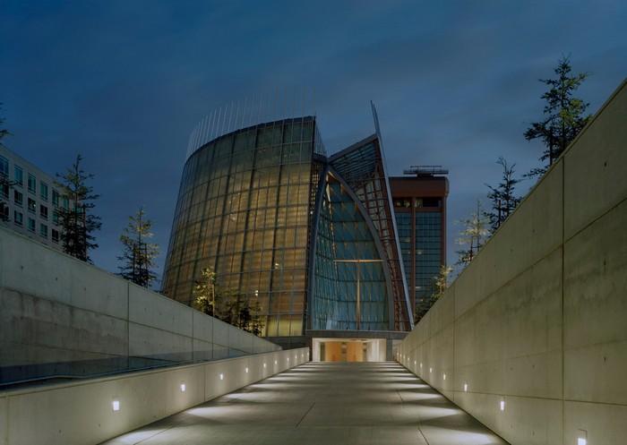 Cathedral of Christ the Light – собор из дерева и стекла в Окленде