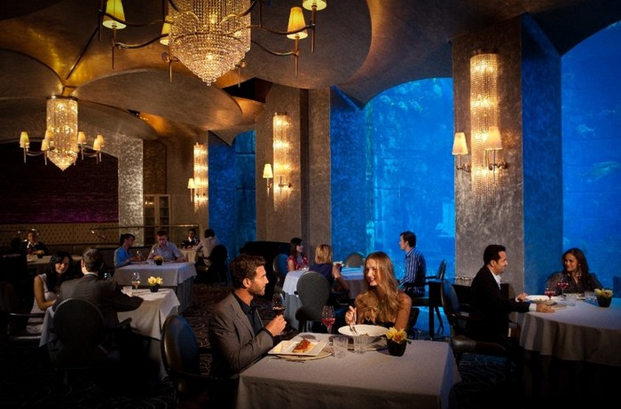 Подводный ресторан Ossian в Дубае