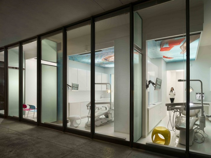 Сюрреалистичный стоматологический кабинет в Арлигнтоне
