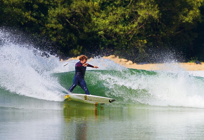 Surf Snowdonia – искусственное озеро для серфинга