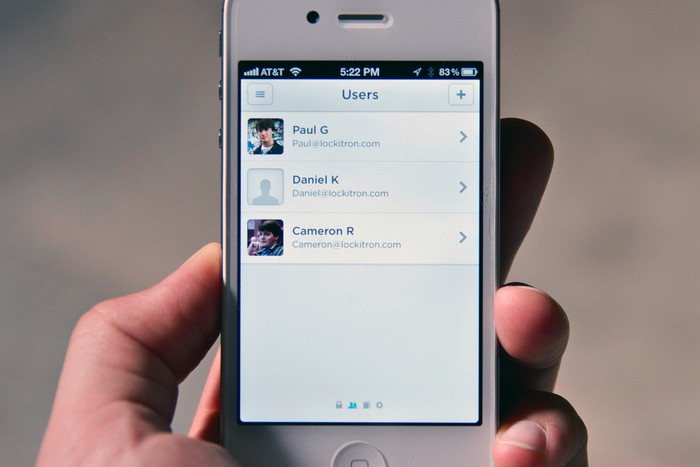 Lockitron – мобильный телефон вместо ключа