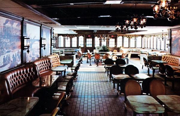 Ресторан на старом пароходе на речке Миссисипи. Источник фото: restaurant-ingthroughhistory.com