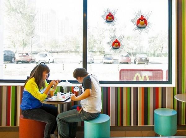 McDonald's в стиле Angry Birds. Источник фото: adme.ru