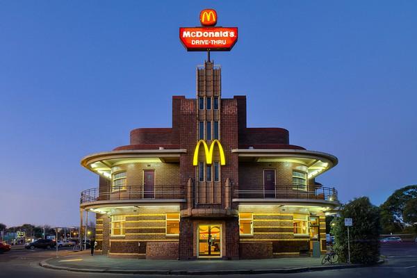 Ресторан в стиле арт-деко. Источник фото: Flickr