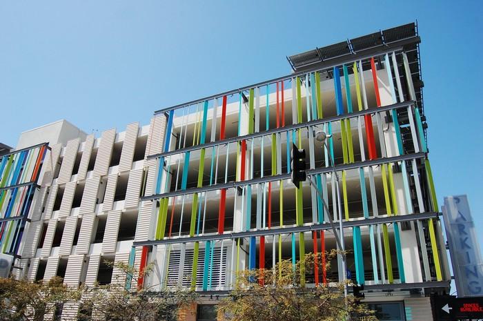Santa Monica Civic Center Parking Structure – самый яркий и красочный в мире паркинг