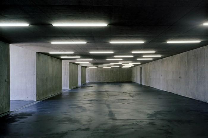 Garagenatelier – подземный паркинг, который растет из холма