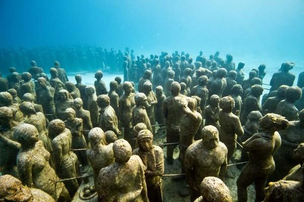 Подводный парк скульптур от Джейсона Тейлора. Источник фото: Padi.com