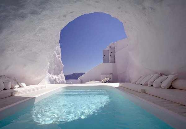 unusual-place-pools-12.jpg