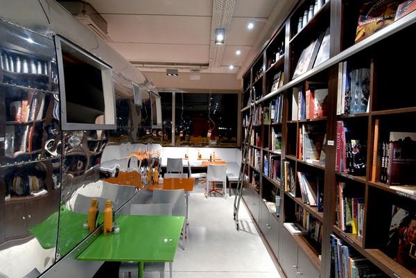 COOK&BOOK – книжный ресторан в Брюсселе. Источник фото: cookandbook.be