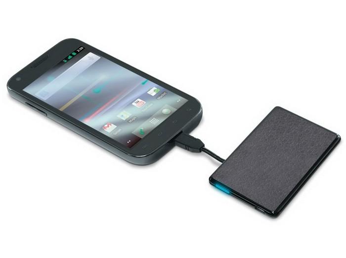 Credit Card Sized Cell Phone Backup Battery – внешний аккумулятор для мобильных девайсов