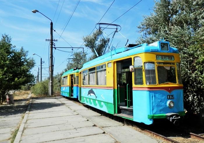 Рекордно короткая линия трамвая в селе Молочное в Крыму